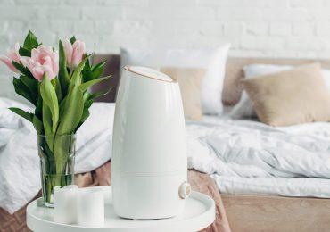 Czy wiesz, że nawilżacz w sypialni może poprawić jakość Twojego snu i kondycję skóry?