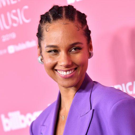 Alicia Keys podbija branżę beauty. Czy znasz już jej produkty?