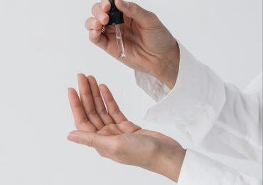 Bakuchiol to alternatywa dla retinolu i aktualny hit w pielęgnacji skóry