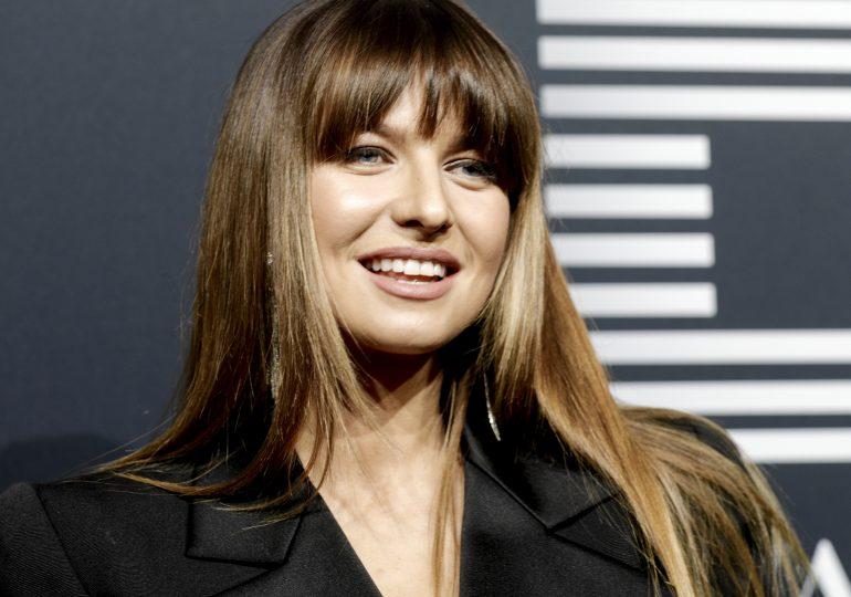 Ania Lewandowska pozuje w sukience za 80 złotych i wygląda niesamowicie stylowo!